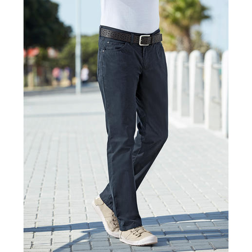 Coolmax® Five-Pocket Summer Trousers The feel of cotton. The climate comfort of Coolmax®. Pleasantly soft and cool: The five-pocket for the summer.