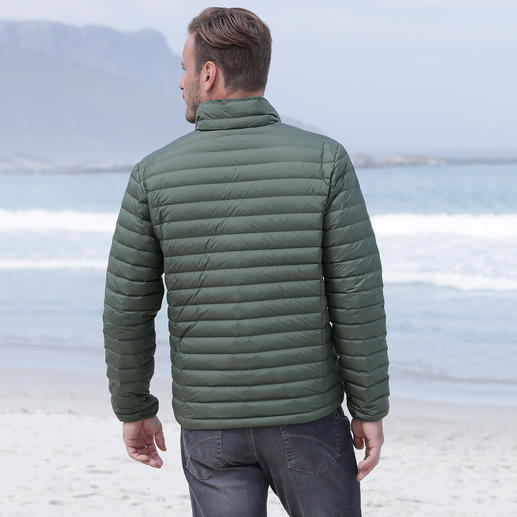 CMP Summer Down Jacket for Men Super light. Yet still soft and warm. The down jacket for summer. By CMP.