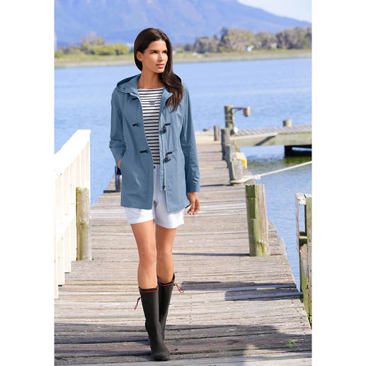 Gloverall Summer Duffle Coat for Women The lightweight summer version of the good old duffle coat. By Gloverall.