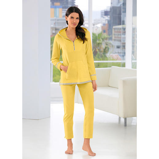 Pluto Lightweight Towelling Leisure Suit About one third lighter than others: The leisure suit made of lightweight towelling cloth. By Pluto.