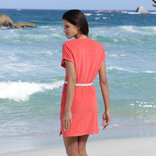 Pluto Fine Towelling Dress Elegant fine towelling dress for the beach, spa, at home ... By Pluto.