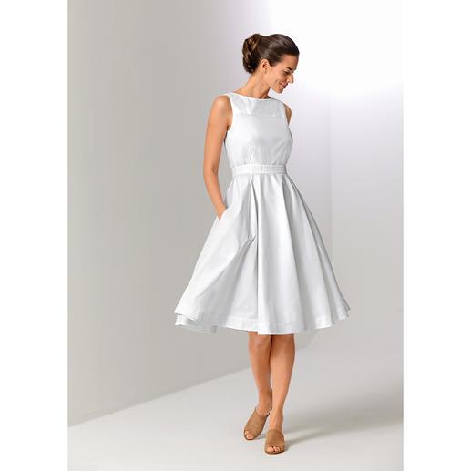 Paule Ka Couture Dress The feminine elegance of the 1950s. Relaunched by Parisian label Paule Ka.