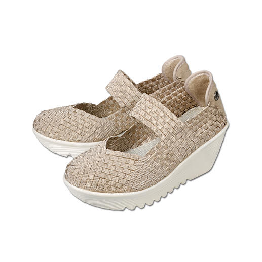 "The fashion sensation from the USA: Plaited wedges by bernie mev. from New York, the ""Master of woven footwear"". Fashionable summer shoes that cannot get any more comfortable, lightweight and airy."