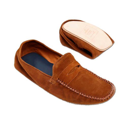 La Portegna Travel Slippers Foldable and just as light as equivalents – but much more stylish. From the Spanish specialist La Portegna.