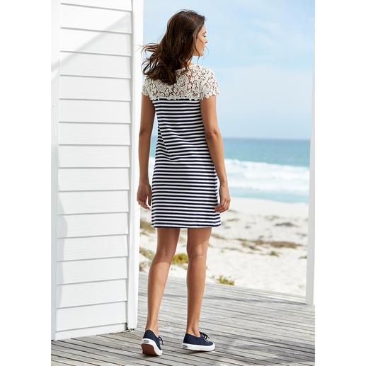 "Liu Jo Lace Shirt Dress ""Maritime"" Sporty. Plain. But more elegant (and more feminine) than most maritime looks. By Liu Jo, Italy."