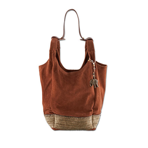 Anokhi Espandrilla Bag Perfect for all casual summer looks: The Espandrilla bag made from soft cow suede leather. By Anokhi, München.