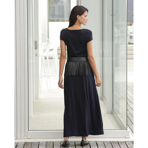 Tencel® Maxi Dress Rare and elegant jersey dress. Silky Tencel jersey. Fashionable maxi silhouette.