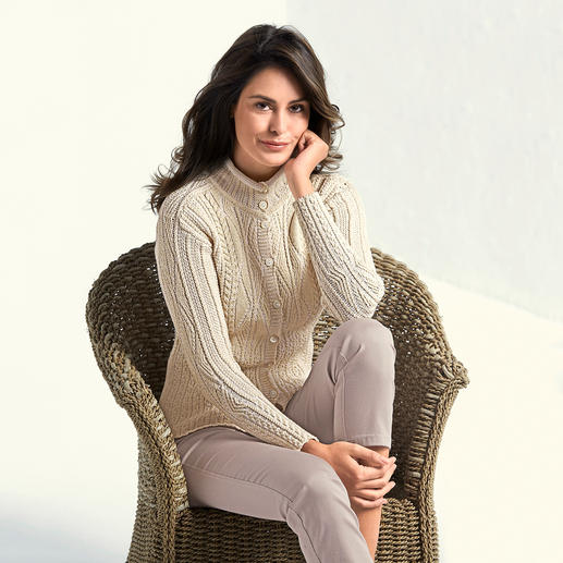Inis Meáin Aran Cardigan The original from Ireland: Patented Aran pattern by Inis Meáin.