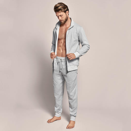 Zimmerli Double-Face Leisure Suit This is how stylish a comfortable leisure suit can be. By Zimmerli.