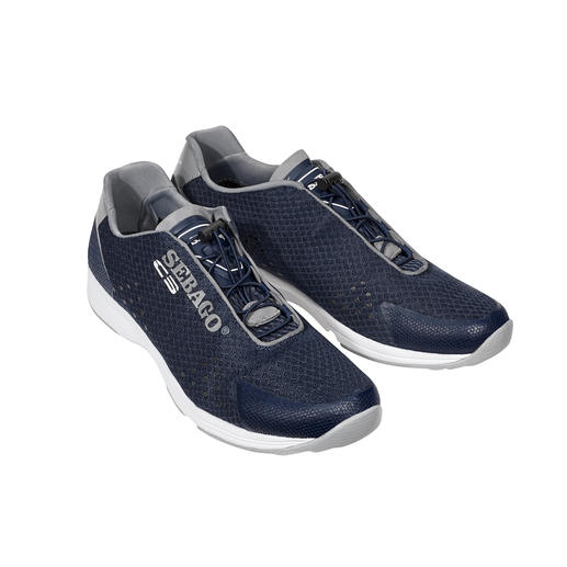 Water shoes that look like sneakers: Perfect for water sports and boating. Water shoes that look like sneakers: Perfect for water sports and boating. Lightweight.