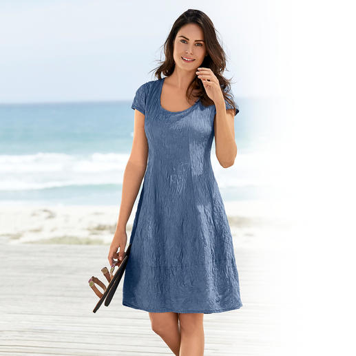 Silk Crushed Summer Dress - A summer dress made of pure silk. Totally easy-care. No wrinkles, iron-free and completely opaque.