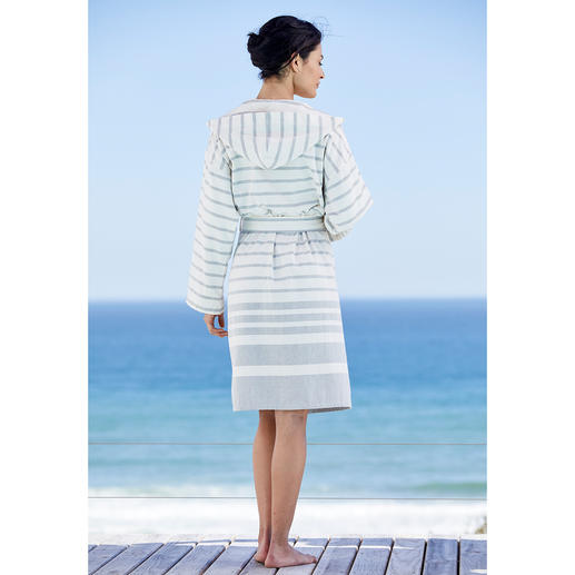 Framsohn Hammam Bathrobe As absorbent as towelling. But much finer and lighter. The bathrobe made from the fabric of hammam towels.