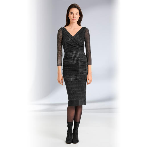 "Fuzzi Easy To Pack Dress ""Tweed"" A designer dress for your handbag. For numerous occasions. By Fuzzi, Italy."