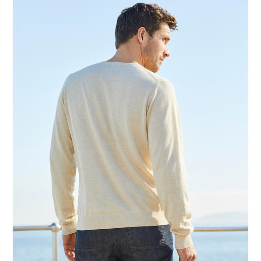 Alan Paine Linen Cotton Jumper Perfect for the summer. Ideal throughout the year. The finely knitted jumper made of linen and cotton.