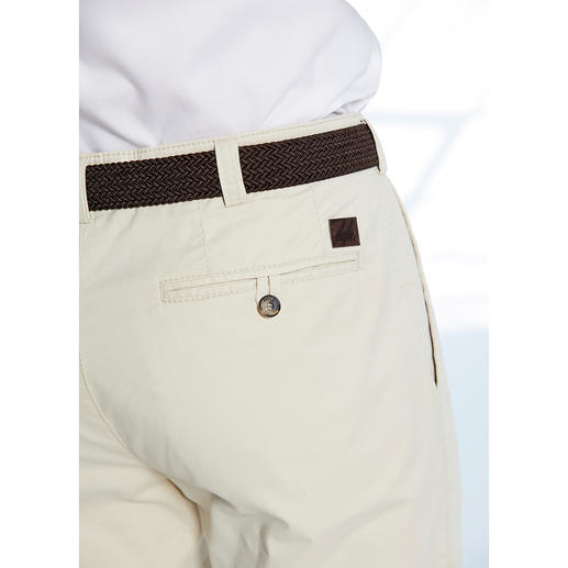 Hoal Chic Chinos More stylish, more comfortable chinos would be a rare find. From trousers specialists, Hoal, Germany.
