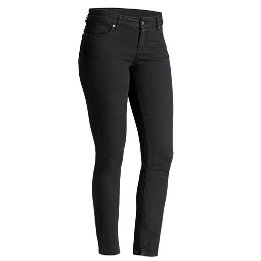Strenesse Clean Jeans For women, not for girls: The tasteful, elegant version of fashionable skinny jeans. Clean cut, perfect fit.