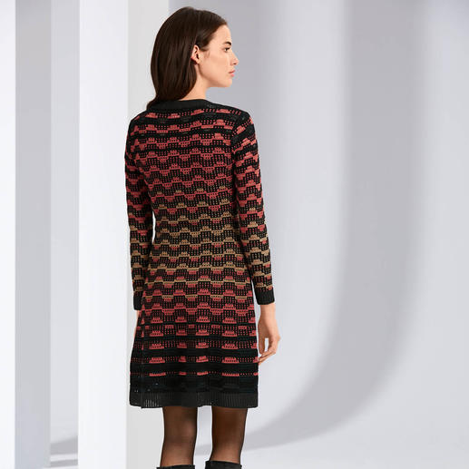 M Missoni Wave Knit Dress, black/orange M Missoni's wave knit classic in contemporary trend colours. Perfectly fashioned, airy.