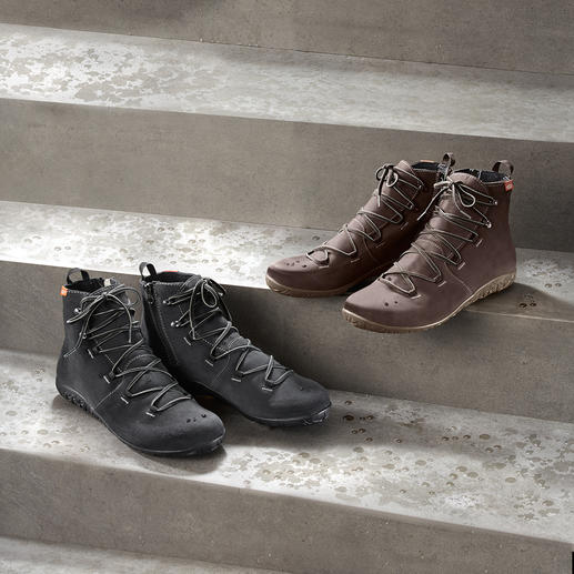 Lizard® Waterproof Urban Boots - As waterproof as rubber boots. As breathable as leather shoes. As lightweight as trainers. From Lizard®.