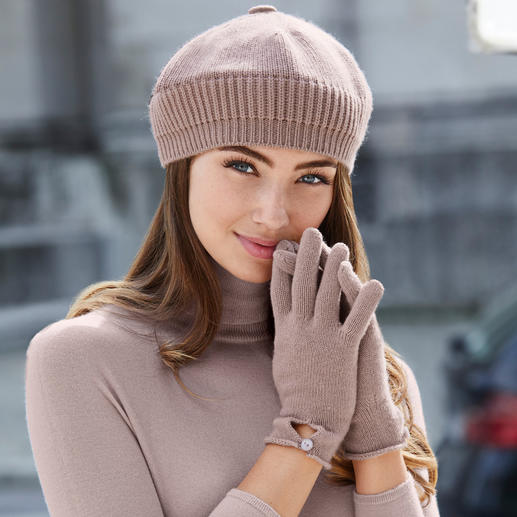 Cashmere Beret, Gloves or Scarf Both practical and trendy. Made of pure cashmere. Beret, scarf and gloves by Johnstons, Scotland.