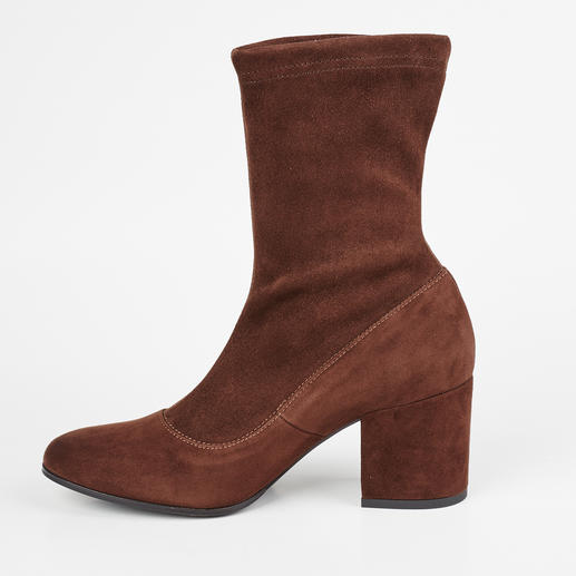 Ma&Lo Stretchy Ankle Boots or Boots Fashionable stretch suede leather boots – but durable thanks to high-quality Italian shoemaking craftsmanship.