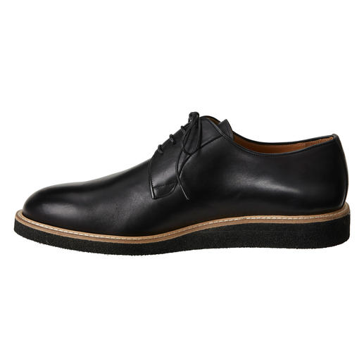 Piaceri Derby Sneakers As formal as a traditional business shoe. Yet more comfortable, modern and versatile.