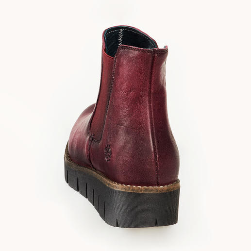 Apple of Eden Chelsea Boots Fashionably up-to-date, produced with a high-quality finish and at a fair price.