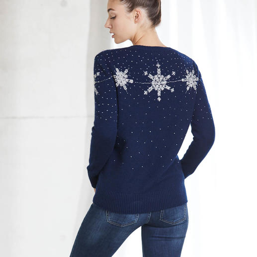 "Heartbreaker Cashmere Pullover ""Winter's Tale"" The luxurious version of fashionable Christmas pullovers. 100% cashmere. Hand-embellished. By Heartbreaker."