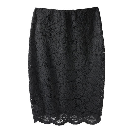 Rosemunde Copenhagen Lace Stretch Skirt The stretch lace skirt by Rosemunde Copenhagen. Elegant lace, yet as comfortable as leisurewear.
