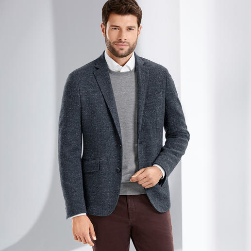 Hackett Donegal Tweed Jersey Sports Jacket The elegant version of comfortable jersey sports jackets. By Hackett London, specialist of British elegance.