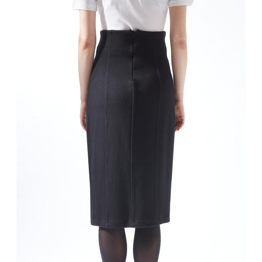 [schi]ess Jersey Suit Jacket or Skirt Business-appropriate jersey suit or elegant leisurewear? Both! By [schi]ess.