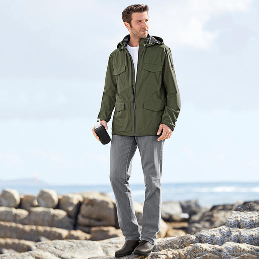 "Aigle Functional Men's Jacket ""Ultra Light"" The featherweight functional jacket. The breathable, water and windproof 2.5-layer system from Aigle, France."