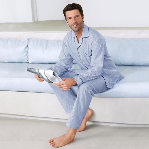 Brooks Brothers Supima Pyjamas Feels softer, looks good for longer: The elegant pyjamas made of rare Supima® cotton. By Brooks Brothers/USA.
