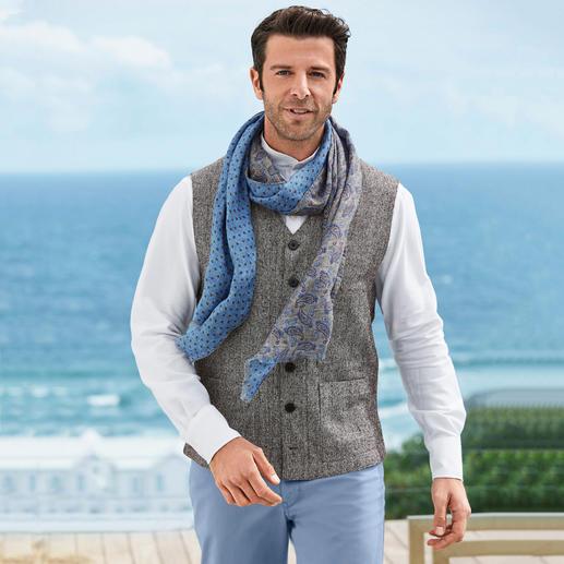 Hollington Silk Tweed Waistcoat Legendary design. Luxurious silk tweed. The summery lightweight version of the real Hollington waistcoat.