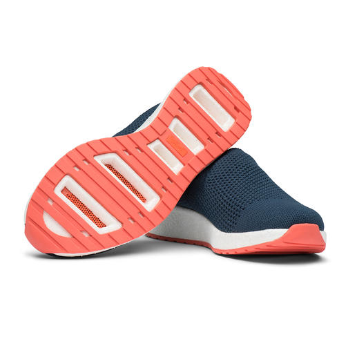 Swims Summer Knit Women's Slip-ons Trendy sneakers and wet shoes in one: The fashionable knitted loafers by Swims/Norway.