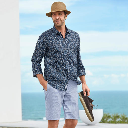 Liberty™ Tana Lawn Shirt Floral patterned gentleman's shirt: A huge trend – yet at Liberty™ a tradition for more than 140 years.