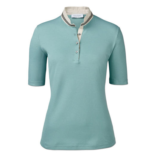 This is how feminine a polo shirt can be. Glitter trim. Linen stand-up collar. Tailored style. By Gran Sasso, Italy.