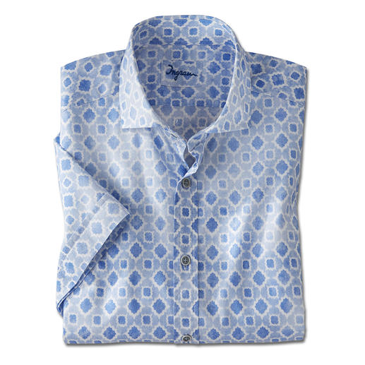 The most refreshing short sleeve shirt is made of rare woven muslin. The most refreshing short sleeve shirt is made of rare woven muslin. By Ingram.