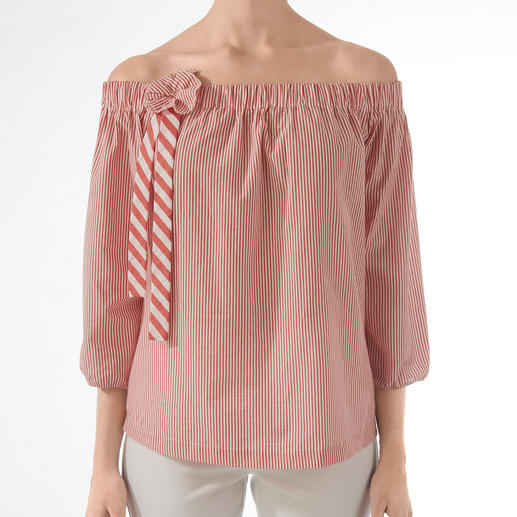 2XM Off-The-Shoulder Blouse Our insider's tip for highly fashionable blouses of the adult kind: German newcomer label 2XM. Rarely found.