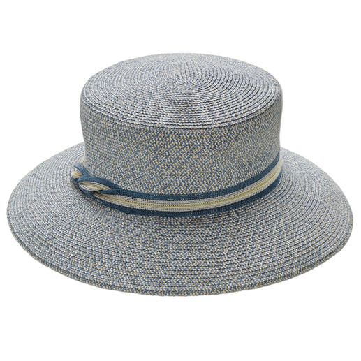 Finally a crushable, travel-friendly summer hat. Made of durable linen and hemp fibres sewn together. By Mayser, hat makers since 1800.
