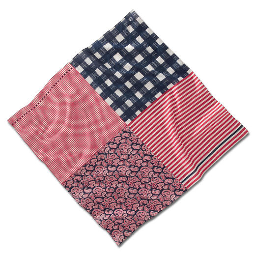 Vario Scarf - Three colours. Four patterns. Unlimited styling possibilities. The most versatile scarf in your wardrobe.