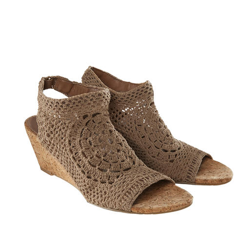 Nina Originals Crochet Wedges or Flats Limited worldwide, rare in Europe: Hand-made crochet shoes by Nina Originals, New York.