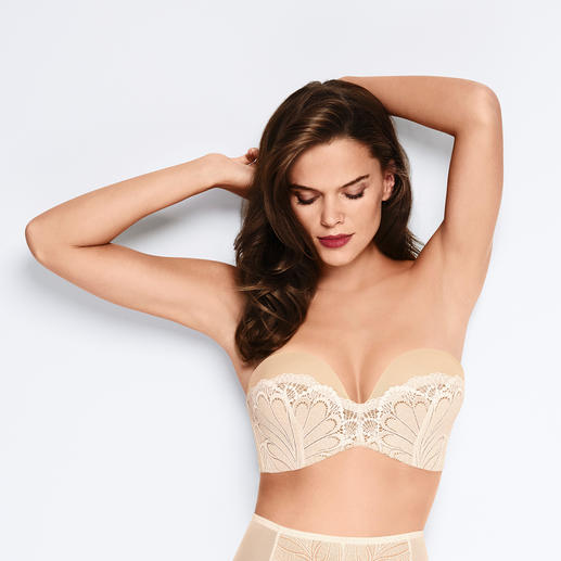 "Wonderbra® Bandeau Lace Bra The ""Perfect Strapless Lace Bra"" with unique ""Wonderbra effect"". By Wonderbra®, established 1994. Strapless."