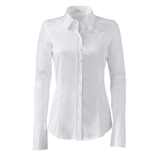 "Perfect fit in bust and waist. Thanks to 3 different ""cup"" sizes. Perfect fit in bust and waist. Thanks to 3 different ""cup"" sizes. By van Laack,  Germany's blouse specialists."