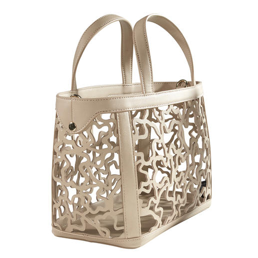 Tous Laser Cut Bag On trend colour nude. Fashionable laser-cut. Adaptable look. From Tous.
