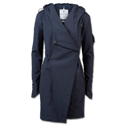 Sailors & Brides Softshell Coat - Style or functionality? Both! Breathable, water and windproof softshell coat. By Sailors & Brides.
