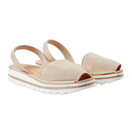 The traditional Menorcan sandal: Handmade. Ideal for even the hottest summer. The traditional Menorcan sandal: Handmade. Ideal for even the hottest summer. Original Avarcas by RIA.