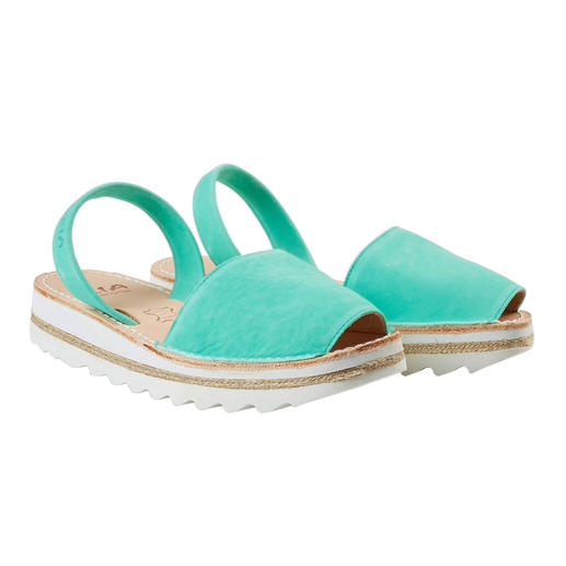 Avarcas de Menorca The traditional Menorcan sandal: Handmade. Ideal for even the hottest summer. Original Avarcas by RIA.