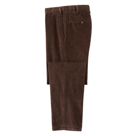 Hiltl corduroy trousers 2.0 Corduroy 2.0: lasered micro-checks instead of characteristic ribs. Woven in Italy. Manufactured by Hiltl.