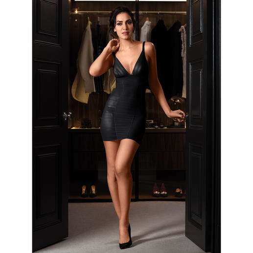 Wacoal Shape Tulle Dress, Bra or Panty Seductively beautiful lingerie? Gently shaping, functional underwear? Both! From the specialist Wacoal.
