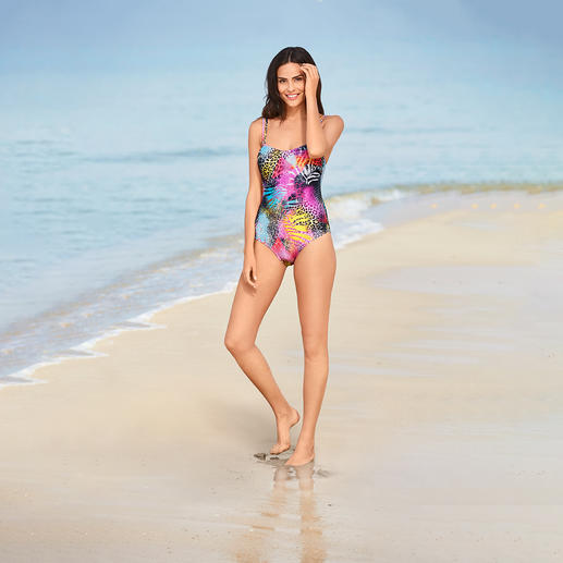 SunSelect® Swimsuit Pink Animal This swimsuit has the same effect as a good sun cream. Made from sun permeable SunSelect® fabric.